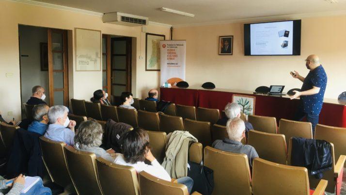 Primera sessió de formació per a entitats a La Fuliola
