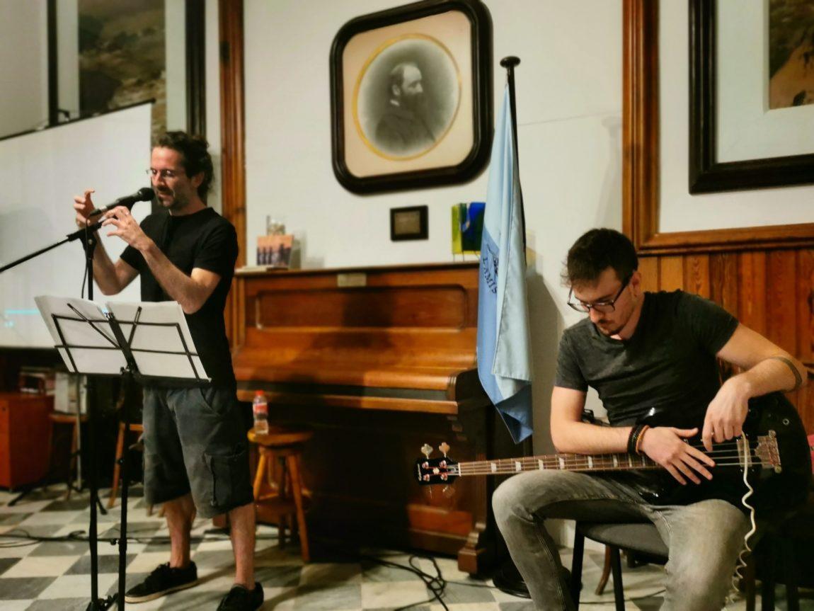 El Cicle de Poesia i Arts s'ha inaugurat i ens han entrevistat a Ràdio l'Escala