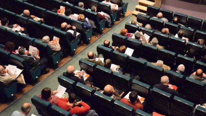 Assemblees amb drets d'imatge protegits