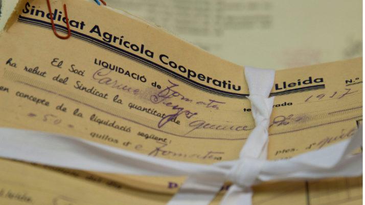 Els Ateneus reclamen que l'Estat retorni el patrimoni espoliat pel franquisme