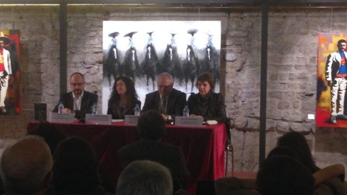 L'associacionisme a Vic al llibre guanyador de la Beca Terra d'Ateneus 2014