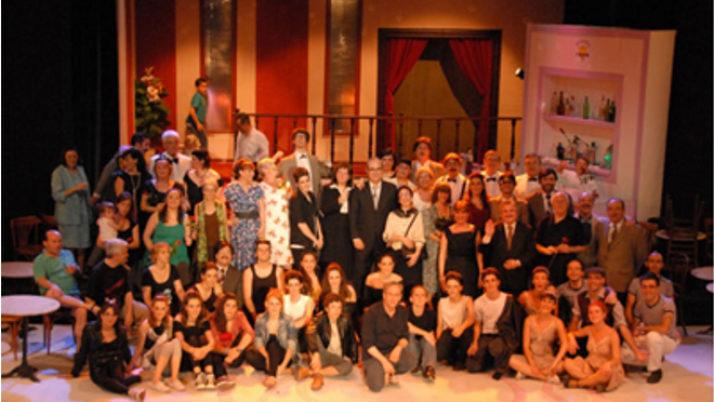 La secció de teatre del Centre Moral i Cultural del Poblenou, guanyadora del Premi Max Aficionado 2016