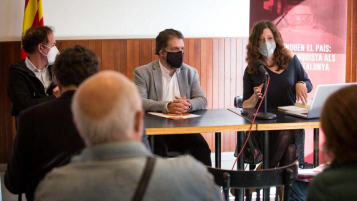 On podré trobar l'exposició 'Quan s'enduen el país: l'espoli franquista als ateneus de Catalunya'?