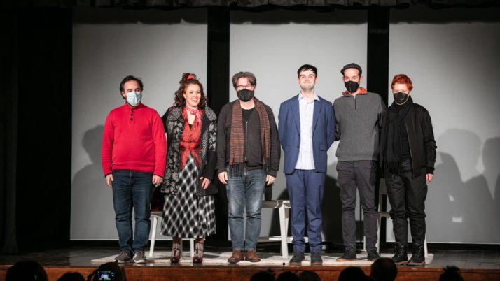 Dissabte es va estrenar l'espectacle '36 preguntes que faran que t'enamoris… o no', la darrera producció pròpia de la FAC i la XTAC