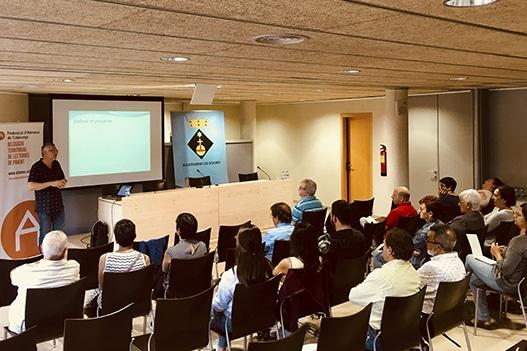 Sessió de formació sobre xarxes socials