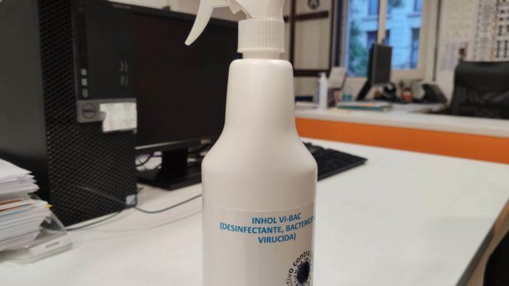 Fes-te amb el desinfectant viricida que ofereix la FAC