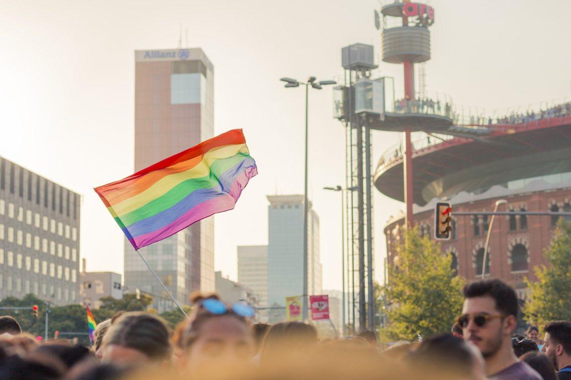 La FAC rebutja les agressions d'LGTBI-fòbia
