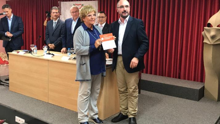 Lliurament de plaques a entitats federades a Reus