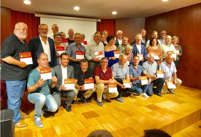 Lliurament de plaques a entitats federades a Barcelona