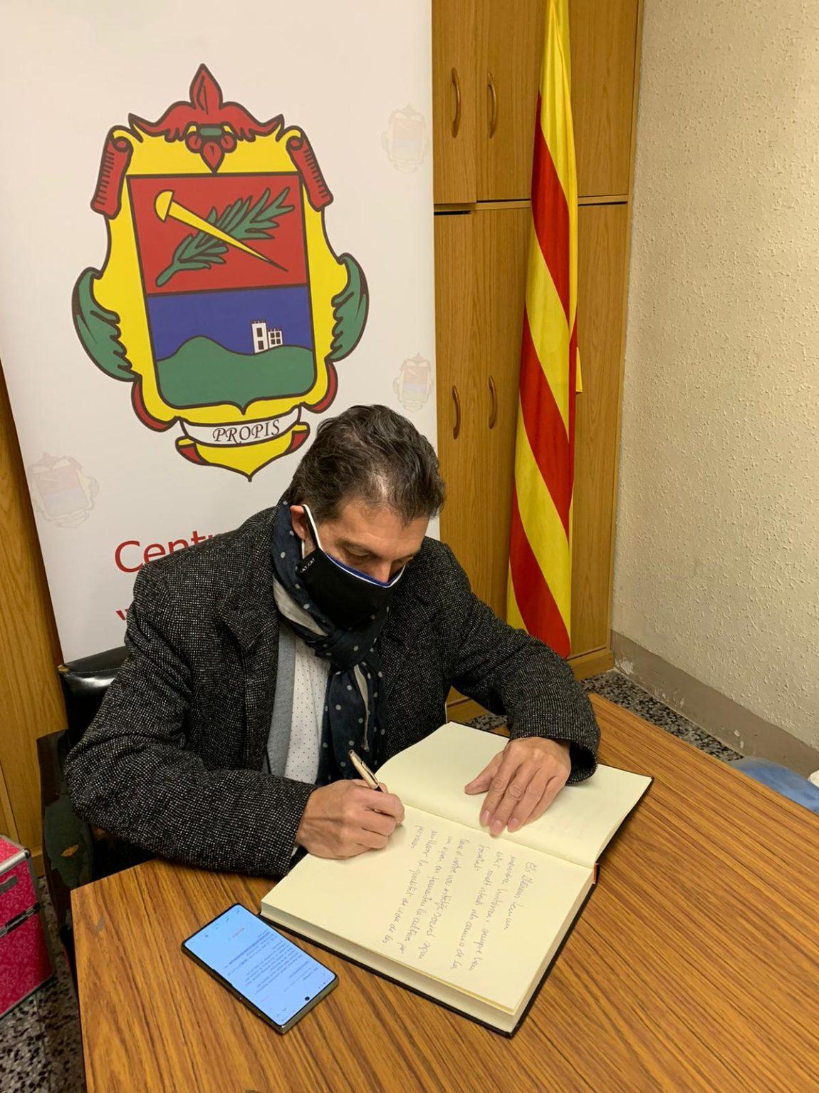 El President de la FAC, Pep Morella assisteix a l'acte de col·locació de la primera pedra del nou local social de l'ateneu Els Propis
